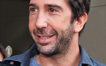 Kissing and Telling on David Schwimmer 'cuz that's just how I roll