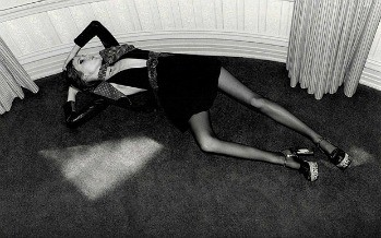 Finally YSL's Image of a Possibly Anorexic Model Banned by the ASA. Was I Was Right?